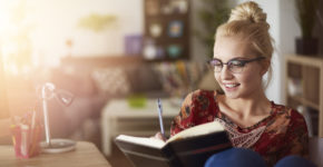 7 choses à faire en sortant d'un entretien d'embauche - IStock
