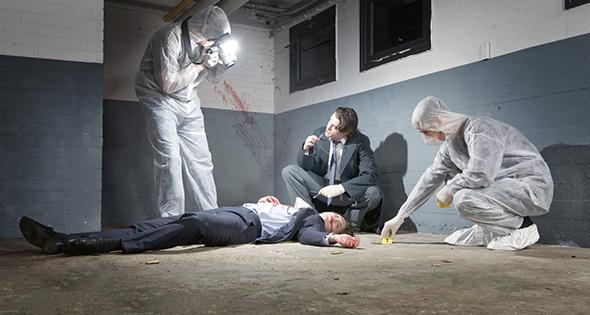 Agents de police face à une scène de crime (Istock)