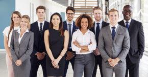 Groupe de jeunes fonctionnaires (Istock)